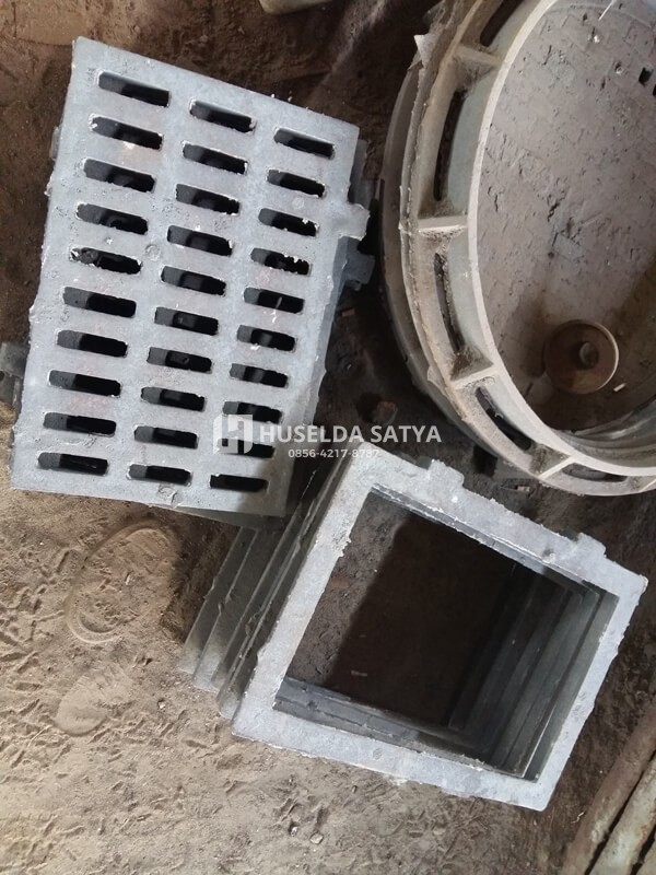 jual manhole cover besi cor