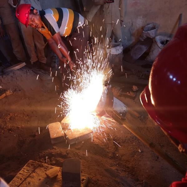 produsen manhole cover murah